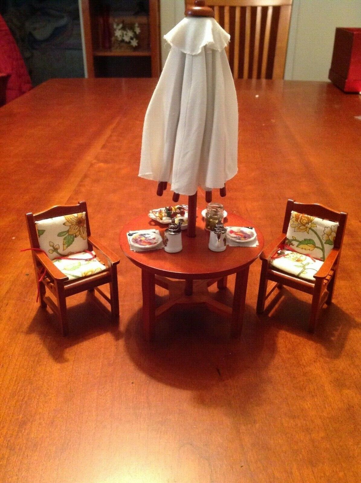 Dollhouse Reutters Patio Table Two